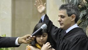 Pr. Antonio Tostes, diretor da Rede Novo Tempo realiza batismo em Tatuí-SP.
