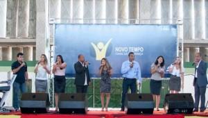 Grupo Órion canta na festa da Novo Tempo, em Lagarto-SE.