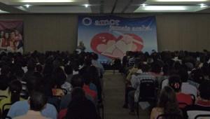 Mais de 500 casais estiveram reunidos no Centro de Convenções da Bahia e participaram da programação.