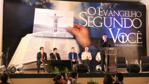 Pastores presentes no Simpósio responderam perguntas do público sobre PG.
