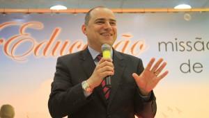 A abertura do evento foi realizada pelo professor Edgard Luz.