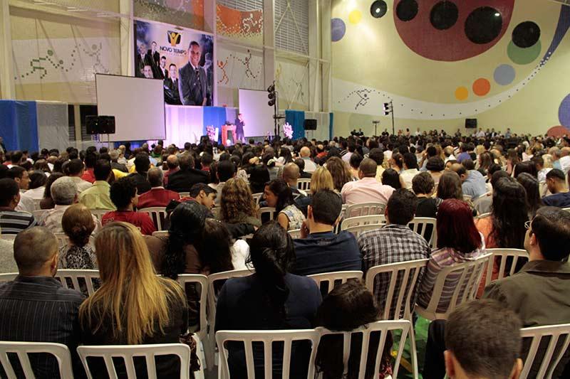 Ginásio do Colégio da Vila Yara sediando o evento
