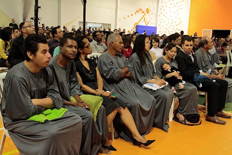 Candidatos ao batismo na Caravana NT