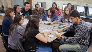 Cerca de 27 estagiários atuam no site Canal da Imprensa, ABJ Notícias e no impresso Jornal da ABJ, este em parceria com o jornal O Regional, de Engenheiro Coelho