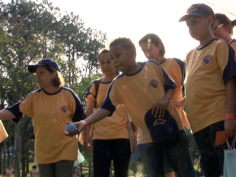 Os aventureiros participaram de atividades que valem pontos para os clubes mas também ensinam valores importantes para a vida