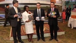 Pr. Magdiel Pérez, Ella Simmons, Pr. Marlon Lopes e Pr. Erton Köhler: sonho sul-americano de evangelismo nas grandes cidades