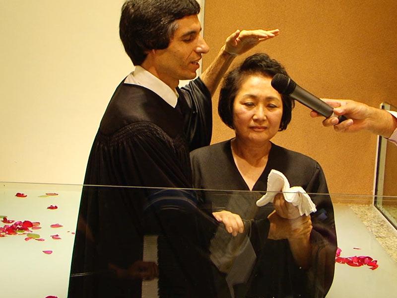 Batismo durante a cerimônia