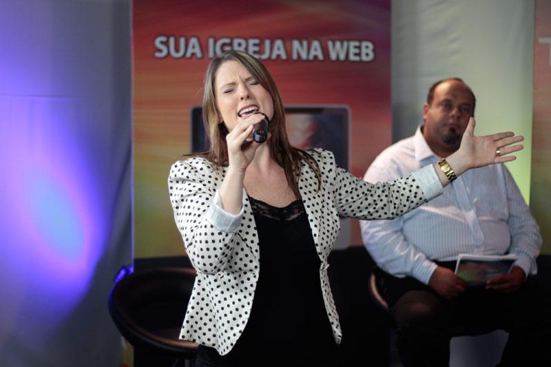 Participação musical de Riane Junqueira