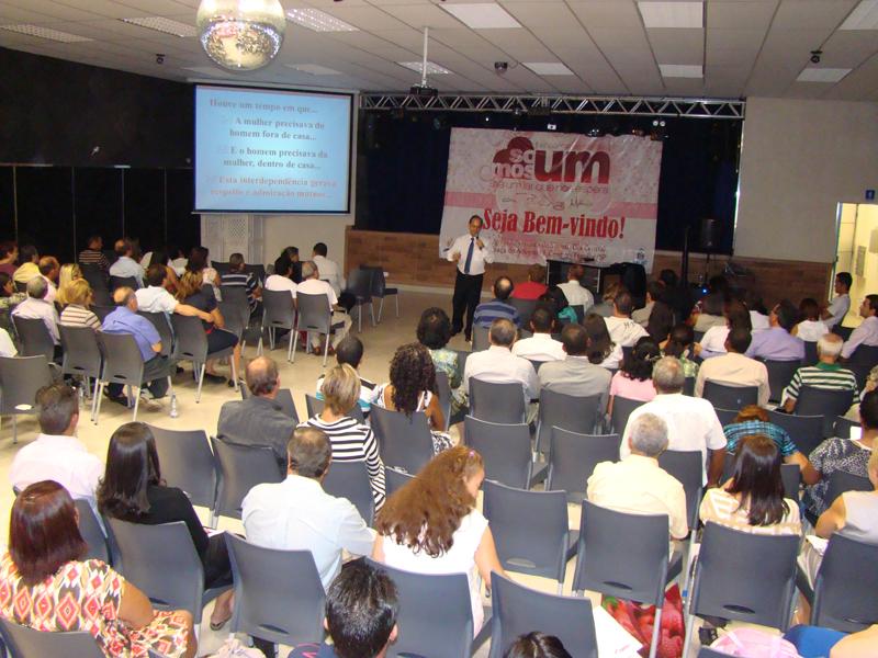Um salão especial foi preparado para reunir o  grupo de participantes do encontro