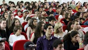 Jovens deixaram os grandes centros e participaram de atividades que visaram o desenvolvimento de vários aspectos.