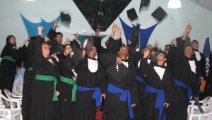 A cerimônia foi realizada no auditório da escola, em Itaboraí, no dia 21 de novembro e reuniu mais de 30 formandos.