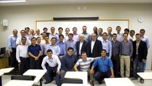 Primeira turma do curso de MBA em publicações.