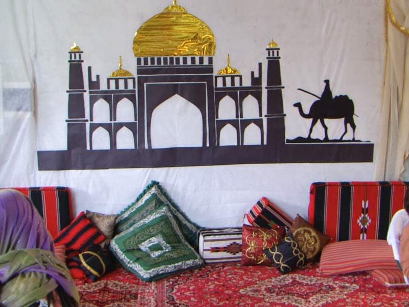 Mesquita confecionada pelas mulheres
