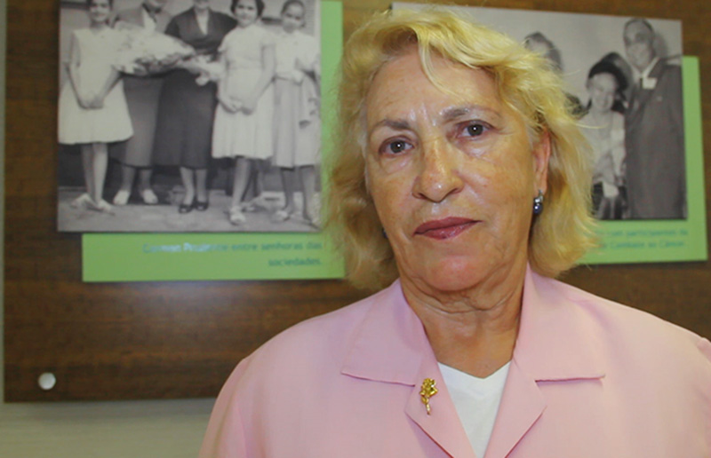 Maria José, voluntária há mais de 20 anos