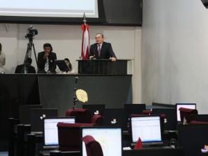 A homenagem aconteceu durante a plenária, quando o presidente da Assembleia, deputado Márcio Miranda, propôs um voto de aplauso ao hospital.