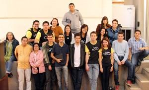 Jovens da igreja do Brooklin reunidos no museus da PM