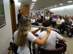 O pastor Pedro Rodrigues da Silva Filho, diretor da Rádio Novo Tempo em Vitória, foi o orador.