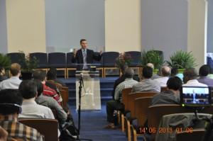 As aulas acontecem na Igreja Adventista Luso-Brasileira de Nova Iorque, localizada em Corona, no Queens.