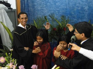 Batismo na Comunidade Hispana