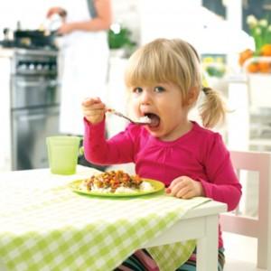 Estudo diz que comer duas refeições ao dia é melhor para emagrecer