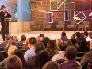 """Pr. Rafael Rossi falou aos jovens da igreja de Moema sobre """"Gente como Jesus"""""""