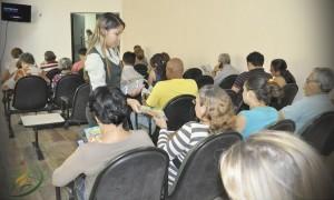 600 revistas do Quebrando o Silêncio foram distribuídas para clientes e servidores do Hospital.