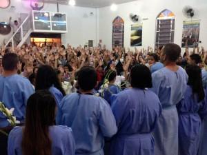 Batizandos na Igreja de Vila Ayrosa
