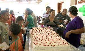 A comemoração teve até bolo de aniversário