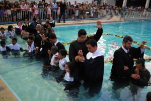 batismo-primavera-campos-piscina