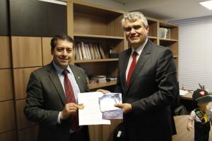 Pr. Udolcy e deputado Ronaldo: reapresentação do projeto acontecerá em breve