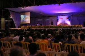 Caravana-da-Esperanca-reune-mais-de-oito-mil-pessoas-em-Campo-Grande