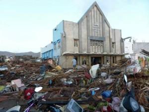 Igreja-Adventista-nas-Filipinas-permanece-intacta-em-meio-a-devastacao