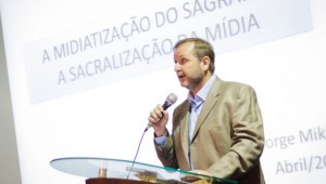 Pesquisador Jorge Miklos