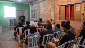Abimael de Souza: Lar aberto para falar de esperança aos vizinhos.