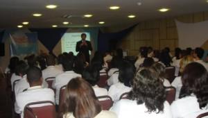 Educação adventista com foco no reavivamento, comunidade e discipulado.