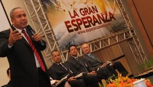 Pr. Leonel Lozano, líder equatoriano