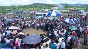 O lançamento da pedra fundamental desta escola aconteceu de maneira emocionante.
