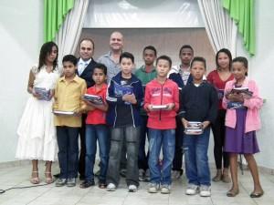 O Batismo da Primavera é marcado pela decisão de jovens que estudaram a Bíblia durante o ano