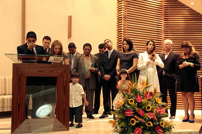 Homenagem especial aos pioneiros da igreja de Santos