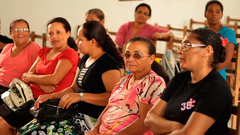 Projeto  de saúde conta com caminhada diária no bairro