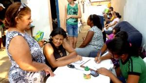 Mobilização foi organizada por um pequeno grupo.