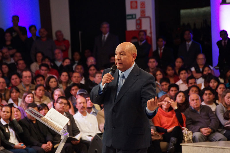 Pr. Alejandro Bullón, palestras oficial