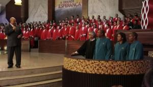 Batismos têm acontecido em diversos pontos de transmissão do via satélite.