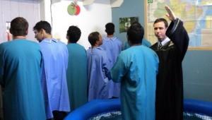 Certeza do perdão verdadeiro comoveu detentos, que decidiram ser batizados no fim de novembro
