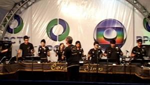 Cantata de Natal da RPC TV, de Maringá, PR, conta com Sinos do IAP.