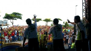 No parque Dona Lindu, na Orla de Boa Viagem, os voluntários do projeto uniram ações sociais à um programa de celebração pelo término da campanha