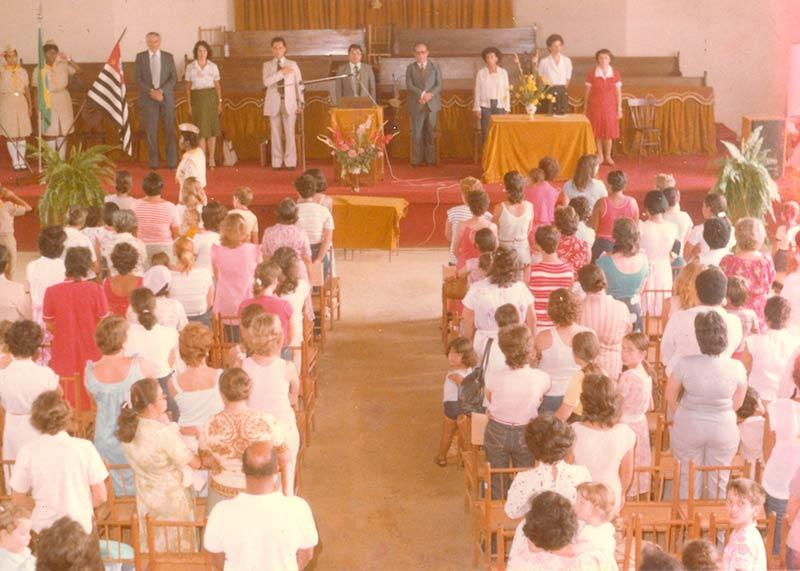 Dia da inauguração do colégio, 8 de fevereiro de 1982