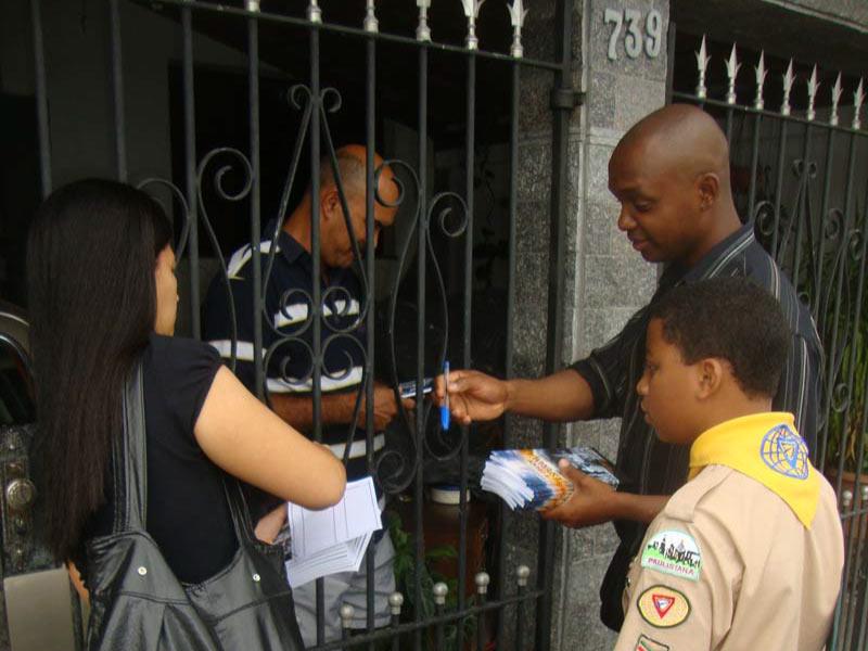 Entrega de livros em Cubatão