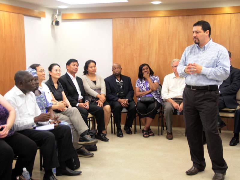 Secretários visitam a Nova Semente