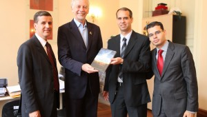 Chefe do Executivo na capital gaúcha tem se aproximado dos adventistas